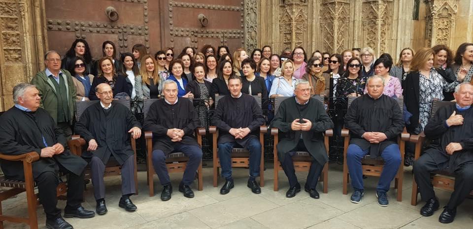 Las mujeres de la CR Llíria visitan el Tribunal de las Aguas